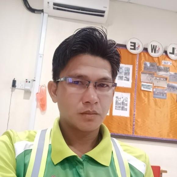 Profile picture of Alfred bin binket