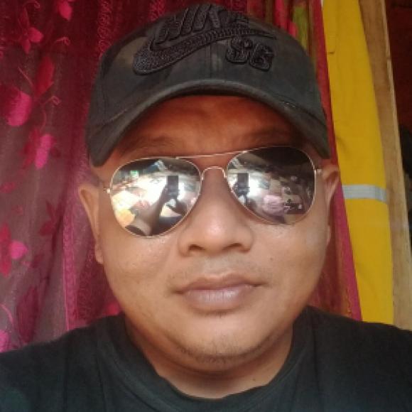 Profile picture of Azril34